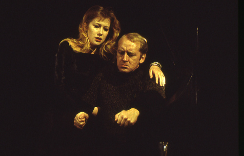 Nicol Williamson, playing Macbeth to Mirren's Lady Macbeth